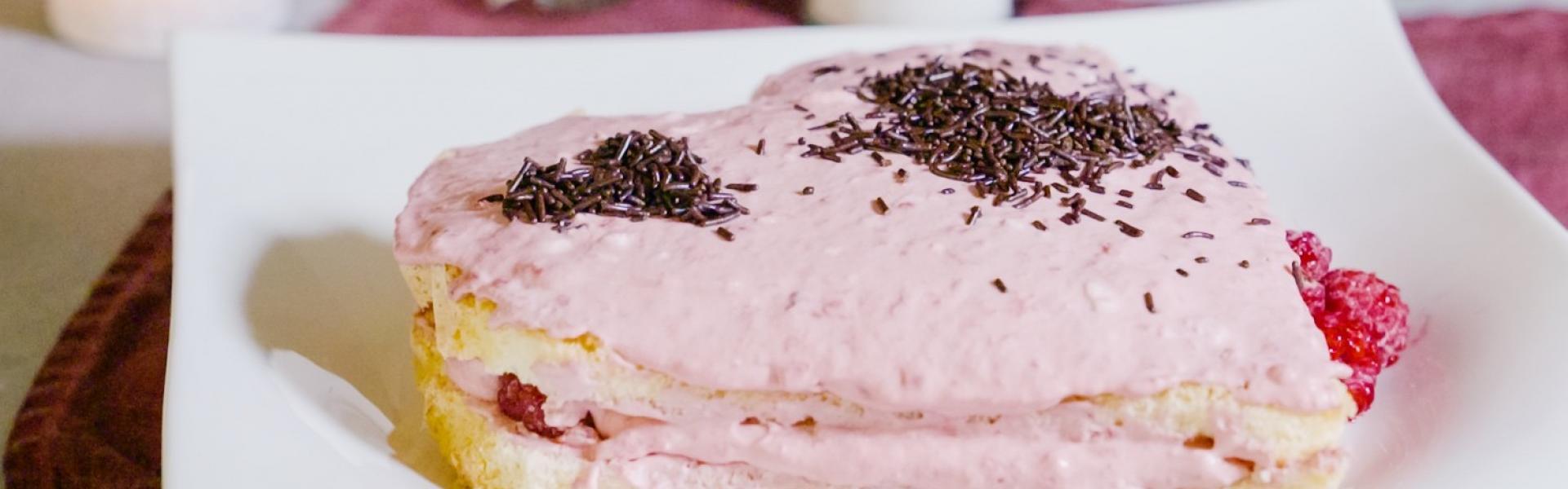 Kuchen Herzform für Valentinstag | Rezepte von Simply Yummy