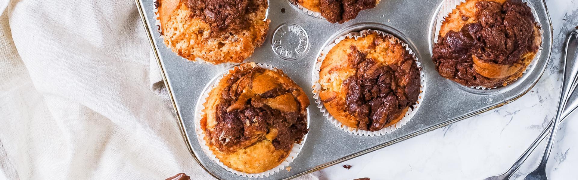 Nutella-Muffins in einer Muffinform