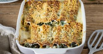 Die besten Cannelloni sind mit Spinat und Feta