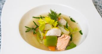 Eine Fischsuppe, die allen schmeckt? Bitteschön!