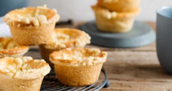 Saftige Käsekuchenmuffins mit Streuseln