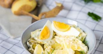 Kartoffelsalat mit Mayonnaise