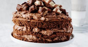 Kinder-Bueno-Torte mit Kinderschokoladen-Creme