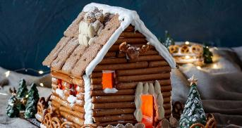Gemütliche Lebkuchenhütte mit Schablone