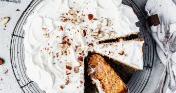 Low Carb Karottenkuchen ohne Mehl mit Quark