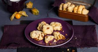 Mandel-Cookies mit Physalis