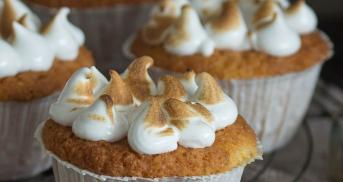 Coconut-Ginger-Cupcakes