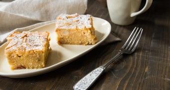 Glutenfreier Apfel-Polenta Kuchen