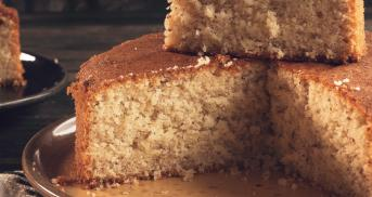 Mandelrührkuchen mit und ohne Zucker – der Test!