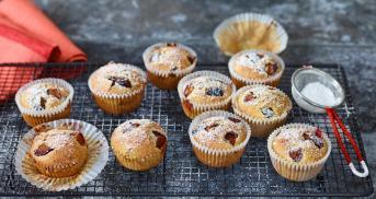 Pflaumen-Muffins mit Haselnüssen für extra Saftigkeit