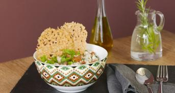 One-Pot-Pilzrisotto mit Parmesanchips