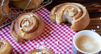 Schwedische Zimtschnecken   Weihnachtsbäckerei aus aller Welt