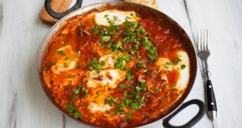 Shakshuka - in Tomatensoße pochierte Eier