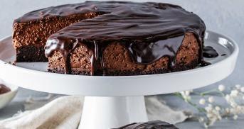 Endstufe Schokomousse-Torte mit dreifach Schoko