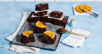 Vegane Orangen-Brownie-Würfel