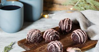 Weihnachtspralinen aus Lebkuchenresten mit Schwips