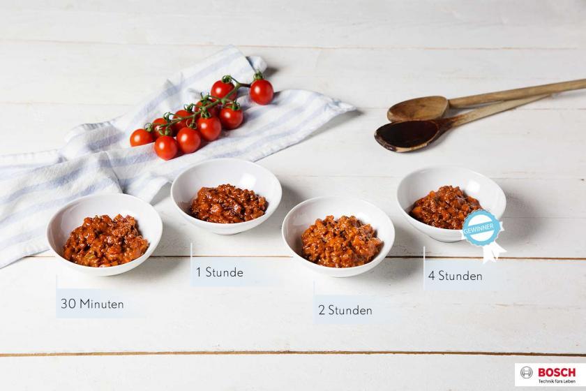 Die Kochzeiten von Bolognese im Test und das Ergebnis in Schälchen