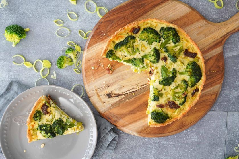 brokkoli quiche mit getrockneten tomaten simply yummy