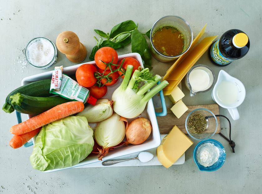 Die Zutaten für Gemüselasagne vegetarisch.