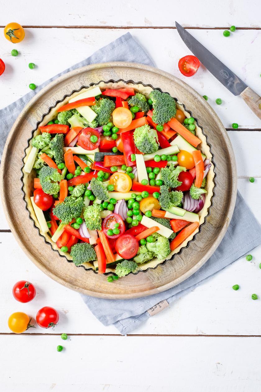 Gemüsequiche vor dem Backen