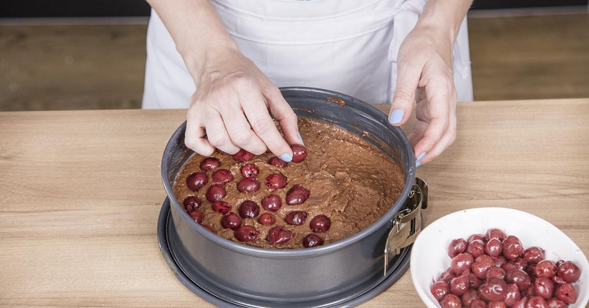 Schoko Kirsch Kuchen So Wird Er Saftig Simply Yummy